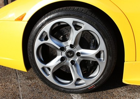 Lamborghini Yellow Wheel